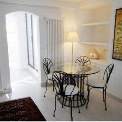 Отель Pvh Charming Flats Horejsi Nabrezi Прага в номере