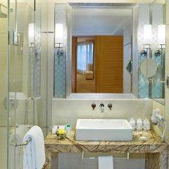 Отель Four Points by Sheraton Shenzhen Китай, Шэньчжэнь - отзывы, цены и фото номеров - забронировать отель Four Points by Sheraton Shenzhen онлайн ванная