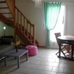 Отель Manoir de la Plane duplex Франция, Сен-Гатьен-де-Буа - отзывы, цены и фото номеров - забронировать отель Manoir de la Plane duplex онлайн комната для гостей