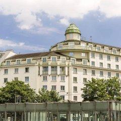 Отель Austria Trend Hotel Ananas Австрия, Вена - 5 отзывов об отеле, цены и фото номеров - забронировать отель Austria Trend Hotel Ananas онлайн балкон