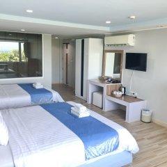 Отель The Beach Front Resort Pattaya комната для гостей фото 5