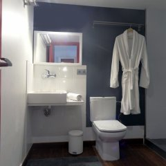 Отель City Center Apartments Испания, Барселона - отзывы, цены и фото номеров - забронировать отель City Center Apartments онлайн ванная