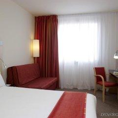 Отель Holiday Inn Express Barcelona City 22@ комната для гостей фото 4
