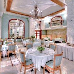 Mediterranean Hotel питание фото 2