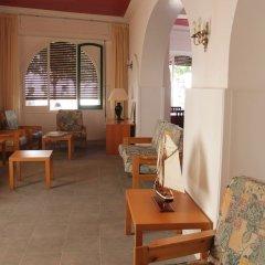 Отель l'Hostalet de Tossa интерьер отеля