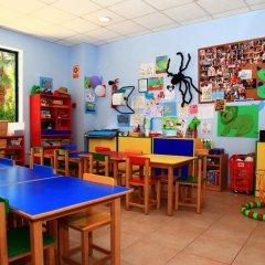 Отель Ohtels Vila Romana Испания, Салоу - 5 отзывов об отеле, цены и фото номеров - забронировать отель Ohtels Vila Romana онлайн детские мероприятия