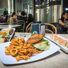 Отель Holiday Inn Express And Suites Mexico City At The Wtc Мехико гостиничный бар