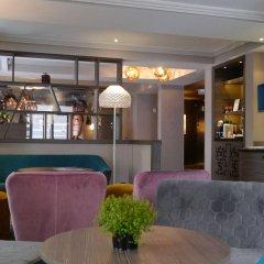 Hotel Eiffel Capitol гостиничный бар