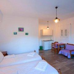 Отель Christine Studios Греция, Порос - отзывы, цены и фото номеров - забронировать отель Christine Studios онлайн комната для гостей фото 4