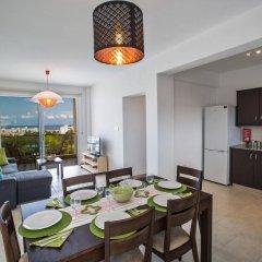 Отель Palm Village Villas Кипр, Протарас - отзывы, цены и фото номеров - забронировать отель Palm Village Villas онлайн комната для гостей фото 3