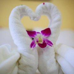 Отель T.Y.Airport Inn Таиланд, Такуа-Тунг - отзывы, цены и фото номеров - забронировать отель T.Y.Airport Inn онлайн ванная фото 2