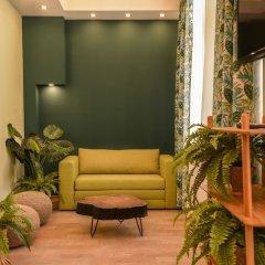 Отель FM Luxury 1-BDR Apartment - Sofia Dream Jungle Болгария, София - отзывы, цены и фото номеров - забронировать отель FM Luxury 1-BDR Apartment - Sofia Dream Jungle онлайн интерьер отеля