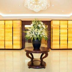 Отель Hilton Garden Inn Hanoi интерьер отеля