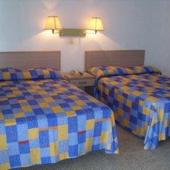 Отель Caleta Beach Resort Мексика, Акапулько - отзывы, цены и фото номеров - забронировать отель Caleta Beach Resort онлайн комната для гостей фото 2