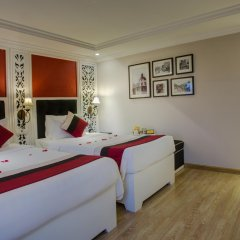 Oriental Central Hotel комната для гостей