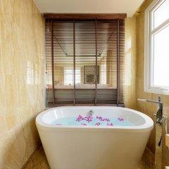 Royal Riverside Hoi An Hotel ванная