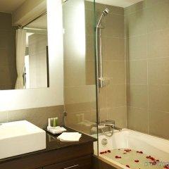 Отель Sukhumvit Suites Бангкок ванная