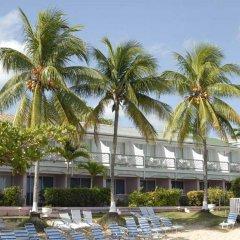 Shaw Park Beach Hotel пляж фото 2