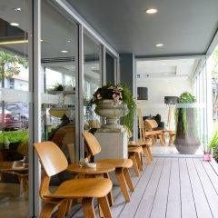 Отель The Grass Serviced Suites by At Mind балкон