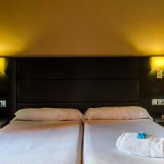 Отель Virgen de los Reyes Испания, Севилья - 2 отзыва об отеле, цены и фото номеров - забронировать отель Virgen de los Reyes онлайн сейф в номере