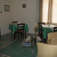 Отель Le 5 Torri Италия, Трапани - отзывы, цены и фото номеров - забронировать отель Le 5 Torri онлайн комната для гостей фото 3