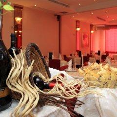Отель Best Western Hotel Nettunia Италия, Римини - отзывы, цены и фото номеров - забронировать отель Best Western Hotel Nettunia онлайн гостиничный бар