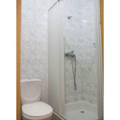 Гостиница Yalynka Украина, Волосянка - отзывы, цены и фото номеров - забронировать гостиницу Yalynka онлайн ванная фото 2
