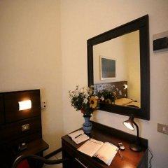 Отель La Pace Италия, Милан - отзывы, цены и фото номеров - забронировать отель La Pace онлайн интерьер отеля