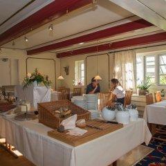 Отель Årslev Kro Дания, Орхус - отзывы, цены и фото номеров - забронировать отель Årslev Kro онлайн питание фото 3