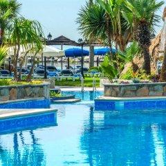 Отель Lordos Beach Кипр, Ларнака - 6 отзывов об отеле, цены и фото номеров - забронировать отель Lordos Beach онлайн бассейн фото 3