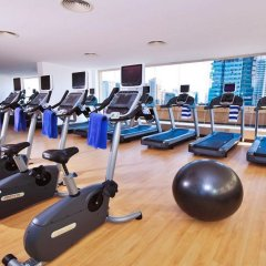 Mercure Dubai Barsha Heights Hotel Suites фитнесс-зал