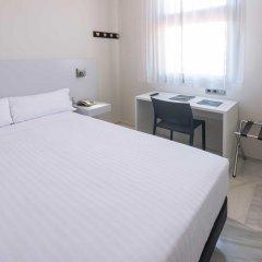 Отель SERHS Carlit Испания, Барселона - 4 отзыва об отеле, цены и фото номеров - забронировать отель SERHS Carlit онлайн комната для гостей
