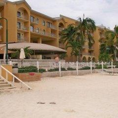 Отель Grand Cayman Marriott Beach Resort Каймановы острова, Севен-Майл-Бич - отзывы, цены и фото номеров - забронировать отель Grand Cayman Marriott Beach Resort онлайн пляж фото 2