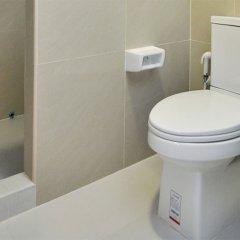 Отель ZEN Rooms Pridi 14 ванная