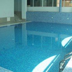 Отель Chateau Hotel Болгария, Банско - отзывы, цены и фото номеров - забронировать отель Chateau Hotel онлайн бассейн фото 3