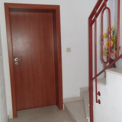 Отель Dobrevi Guest House Болгария, Бургас - отзывы, цены и фото номеров - забронировать отель Dobrevi Guest House онлайн интерьер отеля