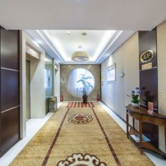 Yulong International Hotel комната для гостей