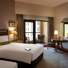 Отель Amwaj Rotana, Jumeirah Beach - Dubai комната для гостей фото 4