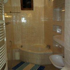 Отель Hostel 4 U - Dolni Chabry Чехия, Прага - отзывы, цены и фото номеров - забронировать отель Hostel 4 U - Dolni Chabry онлайн ванная фото 2
