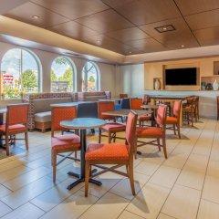 Отель Holiday Inn Express Ex I-71 / OH State Fair / Expo Center США, Колумбус - отзывы, цены и фото номеров - забронировать отель Holiday Inn Express Ex I-71 / OH State Fair / Expo Center онлайн детские мероприятия