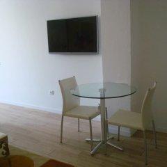 Апартаменты Azores Horta Apartments комната для гостей