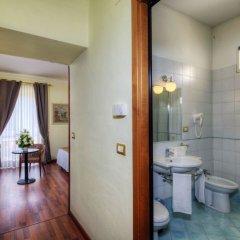 Отель Ristorante Vittoria Италия, Помпеи - 1 отзыв об отеле, цены и фото номеров - забронировать отель Ristorante Vittoria онлайн ванная