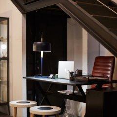 Отель Bubusuites Испания, Валенсия - отзывы, цены и фото номеров - забронировать отель Bubusuites онлайн гостиничный бар