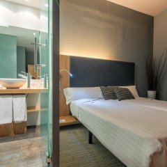Отель Petit Palace Tres Cruces комната для гостей