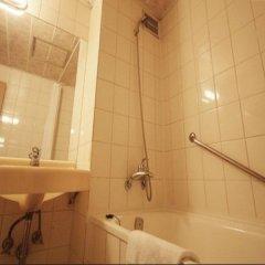 Отель Dynasty Южная Корея, Сеул - отзывы, цены и фото номеров - забронировать отель Dynasty онлайн ванная фото 2