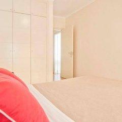 Отель Your Lisbon Home Cabo Ruivo комната для гостей фото 5