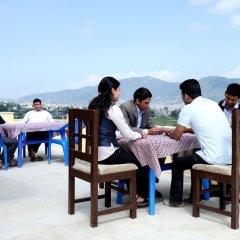 Отель Green Eco Resort Непал, Катманду - отзывы, цены и фото номеров - забронировать отель Green Eco Resort онлайн питание