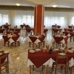Отель Reali Италия, Кьянчиано Терме - отзывы, цены и фото номеров - забронировать отель Reali онлайн питание