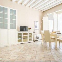 Отель Palazzo Artale Holiday Homes Италия, Палермо - отзывы, цены и фото номеров - забронировать отель Palazzo Artale Holiday Homes онлайн комната для гостей фото 3