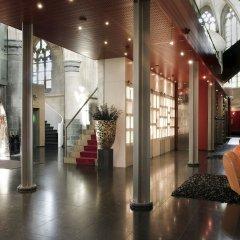 Отель Kruisherenhotel Maastricht Маастрихт интерьер отеля фото 3